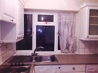 AMAZING: 2 DBL ROOMS AVAILABLE IN THE SAME FLAT*HAMMERSMITH/KENSINGTON
