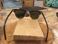 Raybans clubmasters