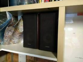 Technics Hi Fi stereo shelf speakers