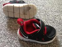 Nike trainers toddler 3.5