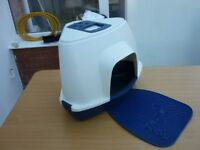 Corner Litter Tray With Litter Catching Mat Cost £45 Bargain At £15