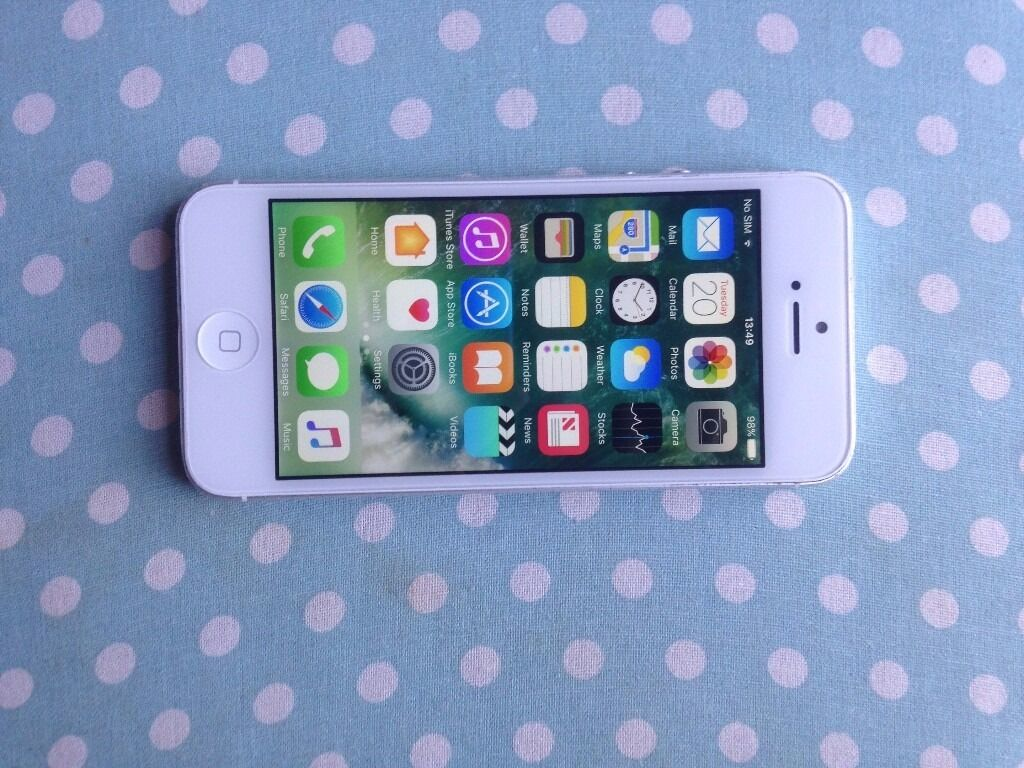 iphone 5 white EE/Virgin/BT/Tmobile 16gbin Coventry, West MidlandsGumtree - iPhone 5 White 16gb EE/Virgin/BT/T Mobile General wear and tear Working condition comes with USB charger only Selling price 90 Pls quote iPhone 5 EE when call or SMS thanks