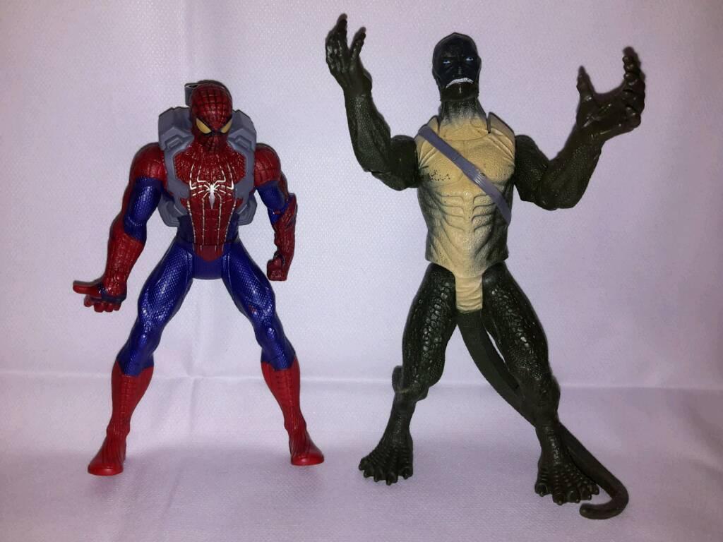 Spiderman & lizardman figures