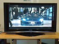 PANASONIC VIERA 42 INCH PLASMA TV + REMOTE CONTROL (TH42PZ70BA)