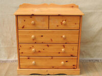 Pine chest of Drawers with raised top (delivery)
