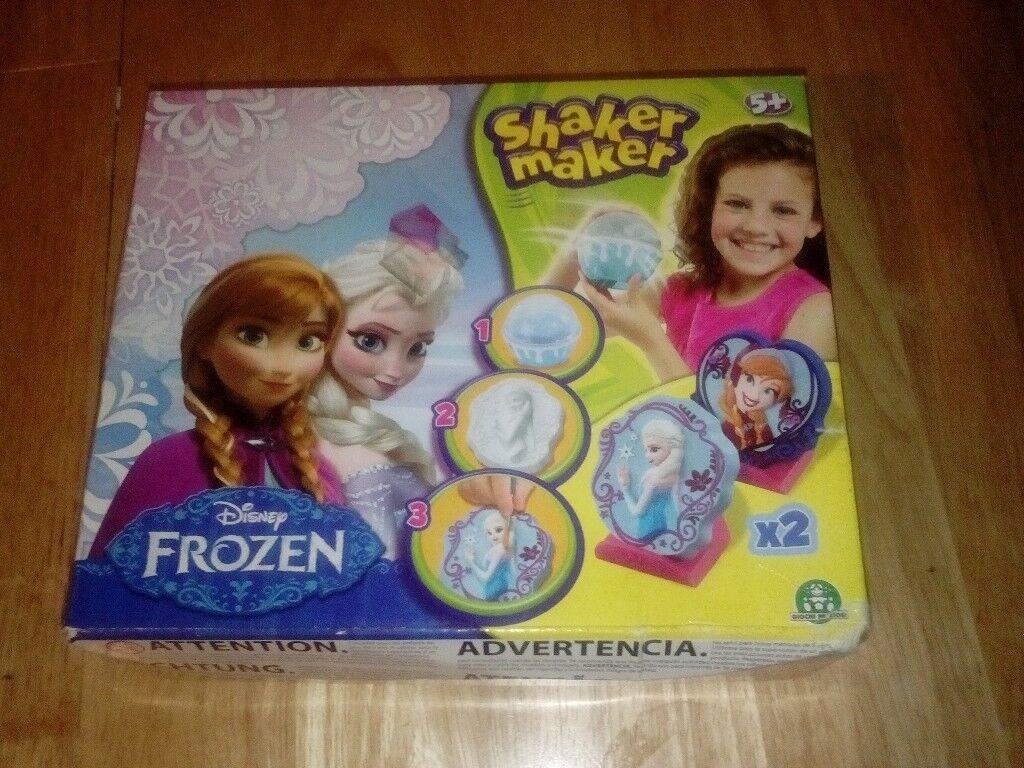 Frozen Shaker Maker - Make 2 decorations - New in box