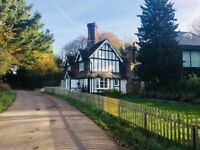 Charming Country Cottage -9 miles from Brighton, 4.1 miles from Hickstead Show Ground, Gatwick - 20m