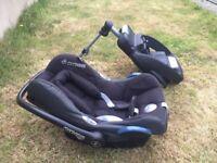 Maxi Cosi car seat and separate base