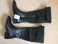 ZARA boots size 39 *BRAND NEW*