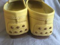 Tods light yellow loafers - size 36