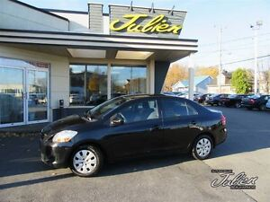 2010 Toyota Yaris BASE, VITRES ELECTRIQUES, AIR C LIMATISE, CD