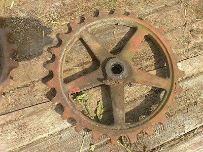 New Holland 59729 Sprocket 24t. Nh S68 Used Parts