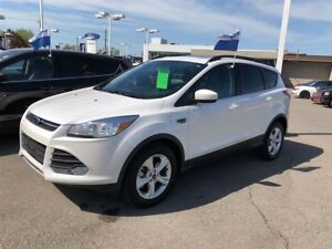 2015 Ford Escape SE with only 7415 km's!
