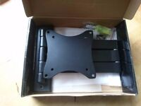 LCD MONITOR/PLASMA TV ADJUSTABLE SWING ARM BRACKET