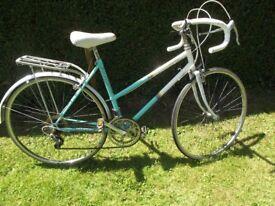 Vintage Ladies Raleigh Impulse Racing Bike