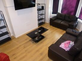 4 bed terraced house - WHITBY ROAD - Ideal for students - Academic Year 2017/18