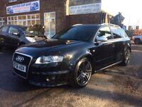 Audi RS4 AVANT BLACK ON BLACK