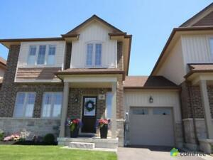 $499,900 - Townhouse for sale in Stoney Creek