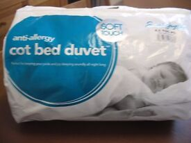 Cot bed duvet tog 4.5 plus pillow new unused