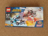 Lego 76098 DC Comics Super Heroes Speed Force Freeze Pursuit - Brand New