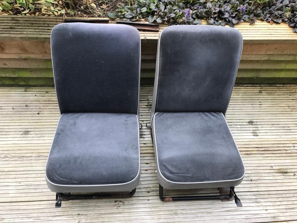 Reliant robin seats