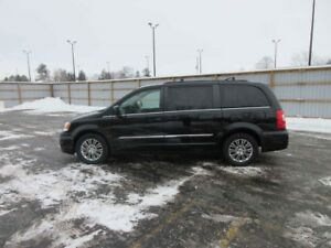 2015 Chrysler TOWN and COUNTRY TOURING L FWD