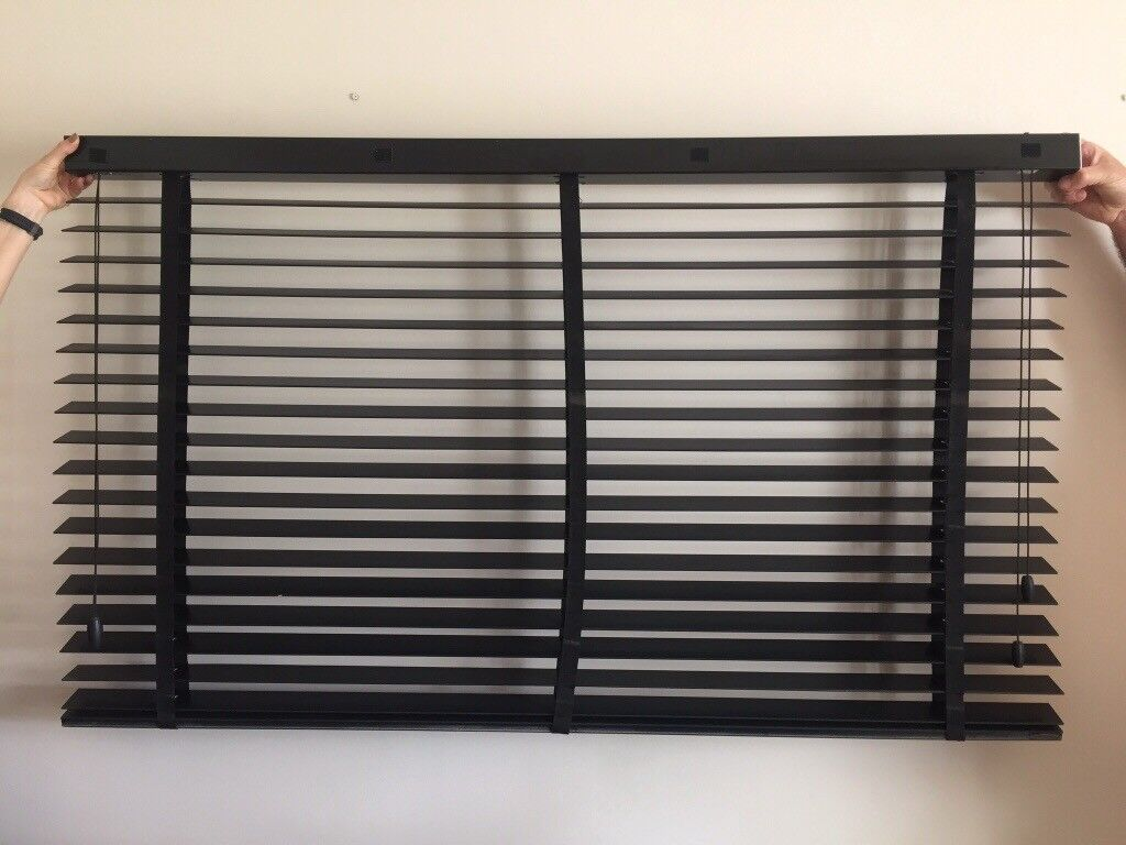 Black Timberlux Wooden Venetian Blind 1435 x 862mm