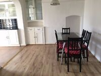 PERFECT FOR SHARERS! 4 Bedroom, only £415 per room, WITH dining room separate! Beckenham!