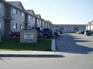 2 BED TOWNHOME 299.00 DEPOSIT  CALL OR TEXT TO VIEW 587-343-6260