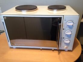 Russell Hobbs Bench top Oven Grill and Double Hob Fan Assisted Oven Good Working order
