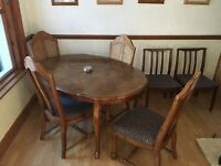 Extendable dining table set - must go today