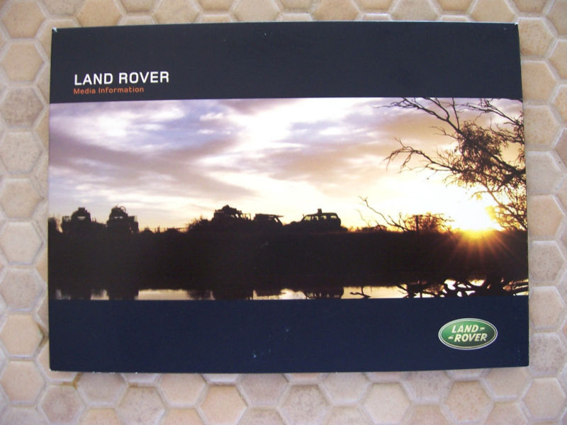 LAND ROVER OFFICIAL DETROIT AUTOSHOW PRESS KIT BROCHURE 2004 USA EDITION