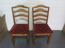 2x Chairs Matching - Dining Room / Home Chairs