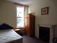 Perfect Location 4 Bedroom Student Accommodation House near Plymouth University Bills included