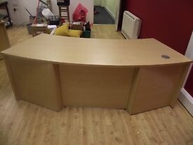 Curved Office Desk - 6ft width. Light wood effect with full front panel.