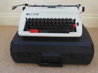 Portable Hermes 305 Manual typewriter