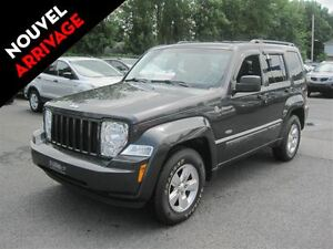 2010 Jeep Liberty SPORT 4X4 3.7 A/C MAGS