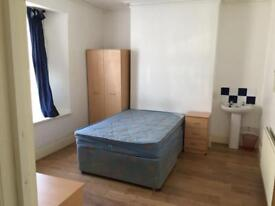 Rooms available in student house share in Cathays.