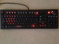 CM Storm Quickfire Pro Mechanical Keyboard - Cherry MX Red