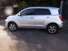 2011 TOYOTA URBAN CRUISER 5 DOOR 4WD D4D DIESEL 6 SPEED MANUAL IN SILVER