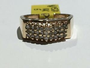 #1529 10K YELLOW GOLD LADIES *SIZE 5* DIAMOND CLUSTER .27CT IN DIAMONDS *JUST BACK FROM APPRAISAL AT $1550.00*