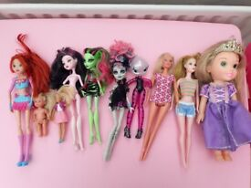 Bundle of 10 assorted dolls