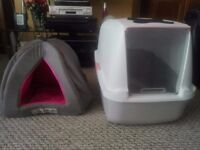 Cat loo and igloo cat bed