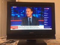 Sony Bravia 19 inch Full HD 1050p LCD TV with Freeview, excellent condition