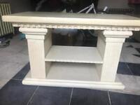 Coliseum/Grecian style table
