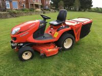 Kubota GR2120 Ride lawnmower. Oct 2014, 370 hrs. Very good condition. Grass box collector