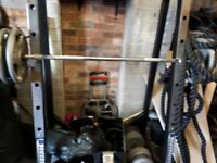 Squat rack in very gois condition. Hardly used. Buyer to collect