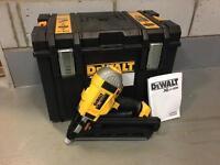 Dewalt first fix nail gun DCN692