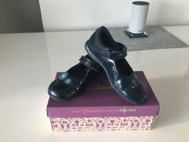 Girls Clarks shoes size 10.5