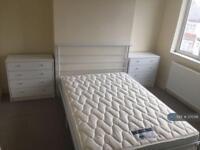 4 bedroom house in Westbury Road, Birmingham, B17 (4 bed)
